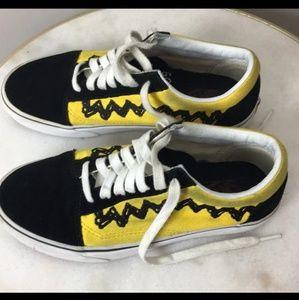 Peanuts Charlie brown snoopy vans shoes W6